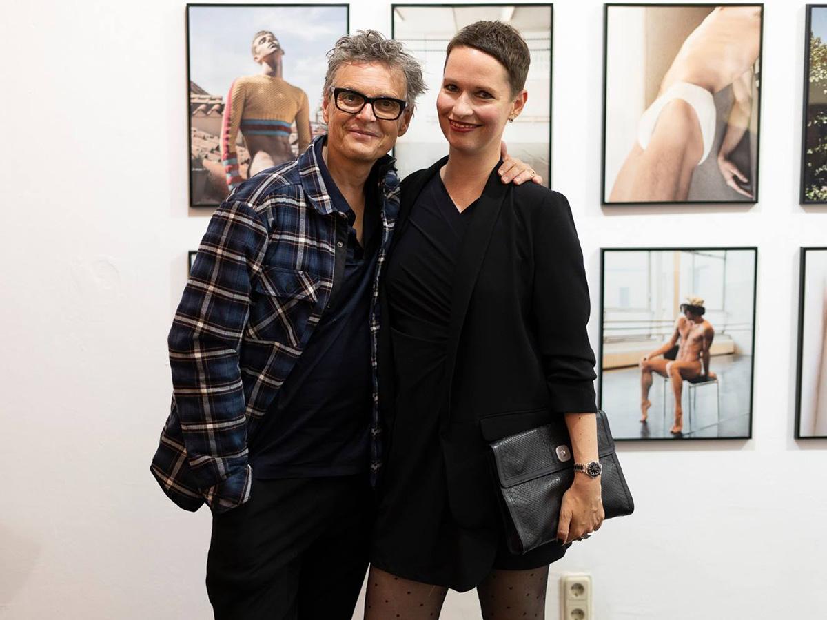 Mit Rolf Scheider in der Ausstellung Corpus Delicti, The Ballery